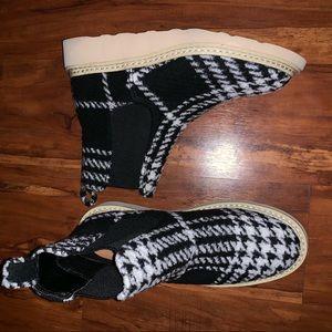 Super cute women's plaid boots
